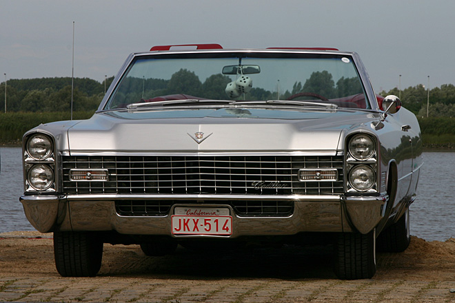1967 Cadillac DeVille Convertible - American Power On Wheels - august 21-22th 2004, Kaaien Antrwerpen